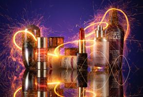 195 Still Life Product Photographer Dennis Pedersen Beauty Cosmetic sparkle Bed Head Clarins Light Trail Estee Lauder Murad Revlon Dior Lipstick Advertising Editorial Creative