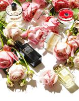 205 Still Life Product Photographer Dennis Pedersen Beauty Cosmetic Fragrance Robert Piguet Chloe Aerin Paul Smith Marni Kenzo Roses Flowers bouquet Advertising Editorial Creative