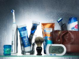 262 DT 350 Still Life Product Photographer Dennis Pedersen advertising editorial creative beauty cosmetic spa shower gel men man gentlemen toothbrush oral b floss shave razor gilette shelf glass liquid water spray droplet bag shamppo clean wa