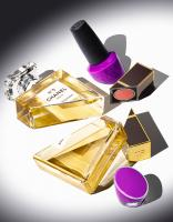 COS-8817chanel-top-copy-Still Life Product Photographer Dennis Pedersen advertising editorial creative fashion style cosmetics beauty makeup perfume fragrance nail varbish polish lipstick cut shopped half