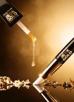 129 COTY-12-039 Still Life Product Photographer Dennis Pedersen Beauty Cosmetic Gold drip Gold-leaf Nail-Varnish Sally-Hanson Liquid Advertising Editorial Creative
