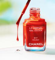 000015 Still Life Product Photographer CHANEL VARNISH COSMETIC Holiday Drip Beach Mosquito Polish